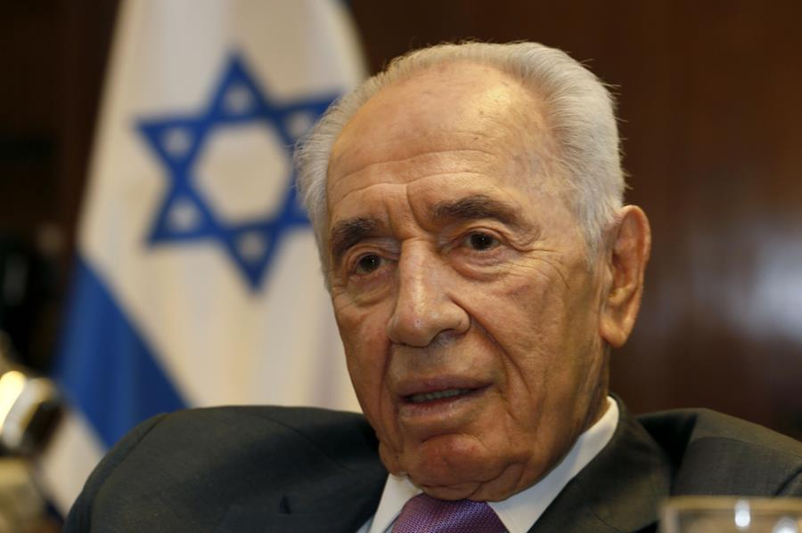 Peres made seeking an Israeli-Palestinian peace his life work.